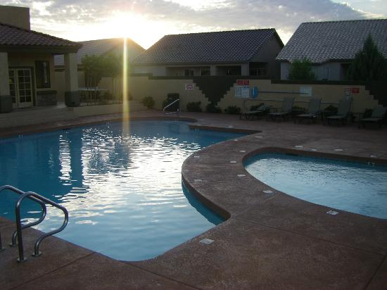Highlands Resort at Verde Ridge: pool and one of the hot tubs