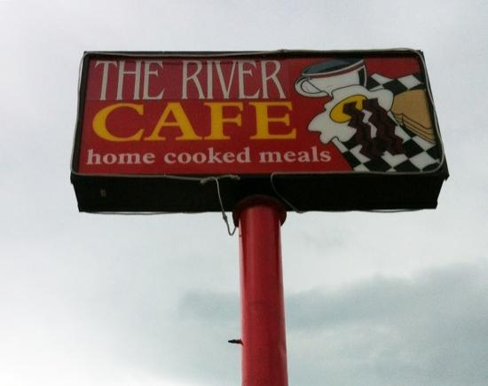 The River Cafe: An easy place to find lots of parking