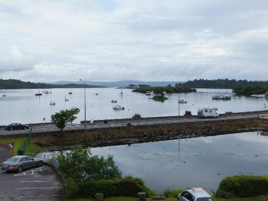 Eccles Hotel Glengarriff: Vista desde habitacion 102