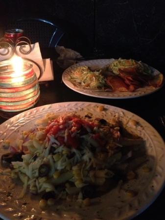 Vaca Loca Restaurante: Mediterranean pasta salad and veggie tacos with potato chips!