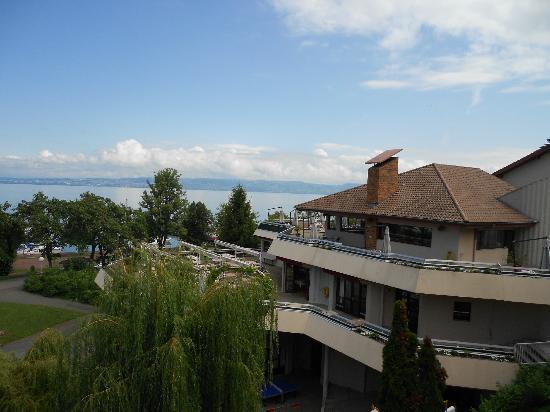 Evian-les-Bains, فرنسا: vue du balcon 2 