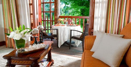 Beaches Negril Resort & Spa: Beachfront One Bedroom Suite
