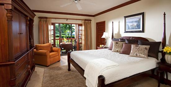 Beaches Negril Resort & Spa: Grande Luxe Beachfront Room