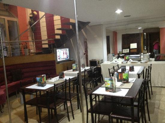Hotel Princesa Vigo: Zona de restaurante algo pequeña, pero encantadora.