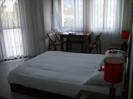 Aida Hotel: Nice size rooms
