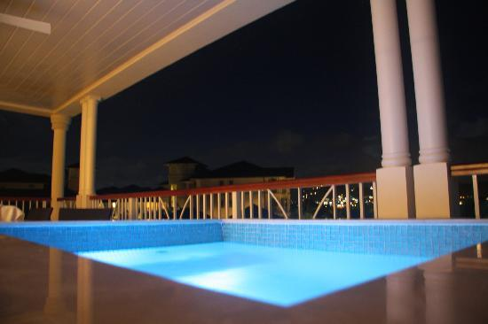 The Landings St. Lucia: our beautiful hot tub in the evening
