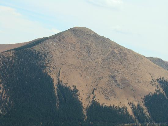 Manitou Springs, Колорадо: A great view of Pike's Peak, during the ascent on the Cog Railway.