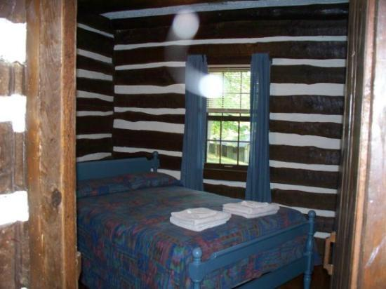 Fairy Stone State Park: 2nd bedrooom