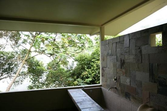 the bath area inside the tree house at Rancho Pacifico
