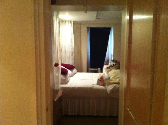 Avon Gorge Hotel: Into Bedroom