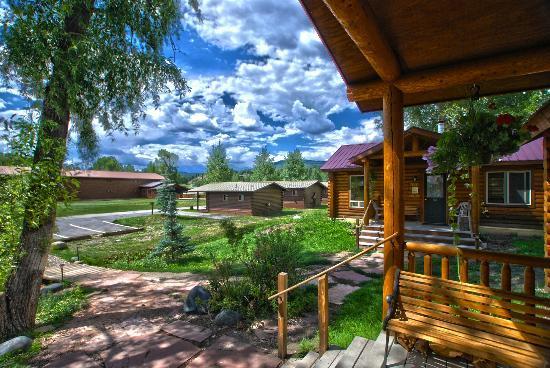 High Country Lodge