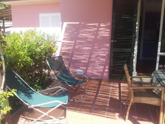 Elbamar Lacona: chaise terasse