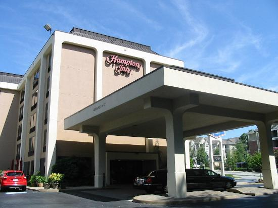 Hampton Inn Atlanta - Northlake : Exterior