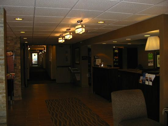 Hampton Inn Atlanta - Northlake: Newly renovated Lobby