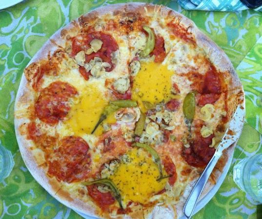 Pizzeria & Spaghetti house Don Andro: Pizza