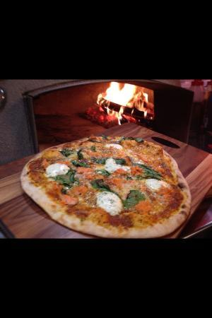 Francesca's Pizzas : Authentic Italian Wood fired Pizza