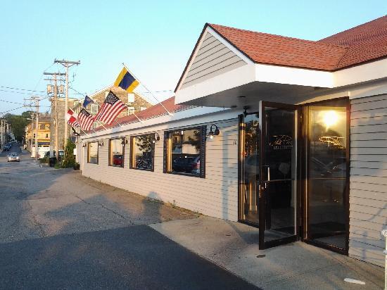 The Pier Restaurant Newport Restaurant Reviews Photos