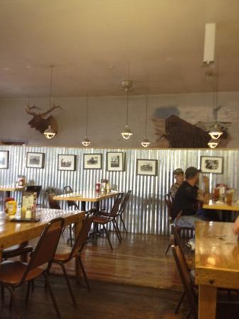 Shaft Restaurant & Bar : inside view
