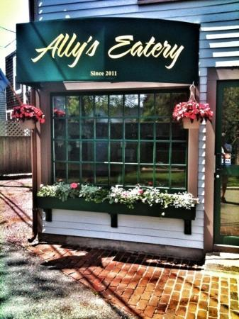 Ally's Eatery : Home of the Bellini Panini•