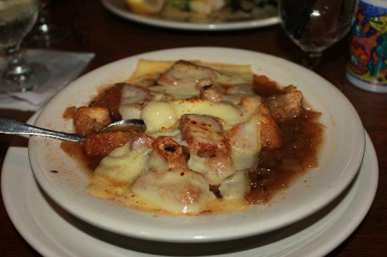 King Eider's Pub: French onion soup