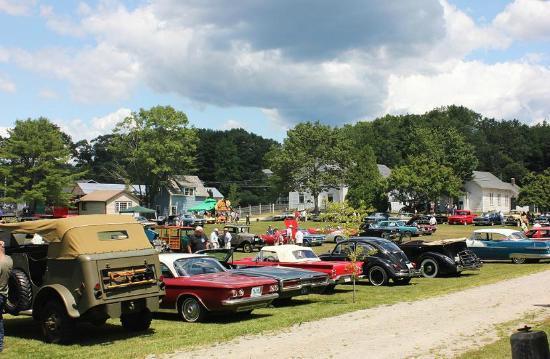 Boothbay Railway Village: antique car show
