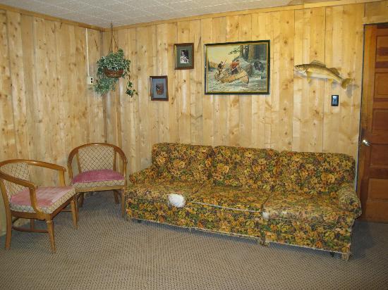 Scott's Superior Inn & Cabins: Basement Play Room