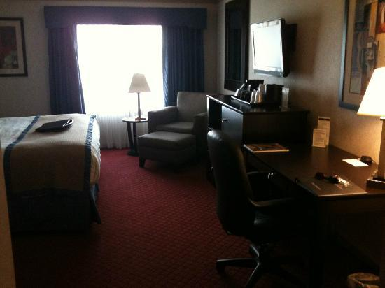 BEST WESTERN Plus Concordville Hotel: room (2)