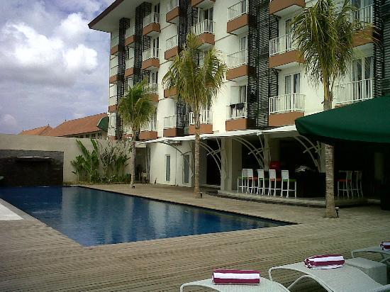 Welcome to Primera Hotel - Primera Hotel