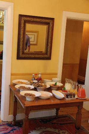 Villa Grande Guest House : Breakfast