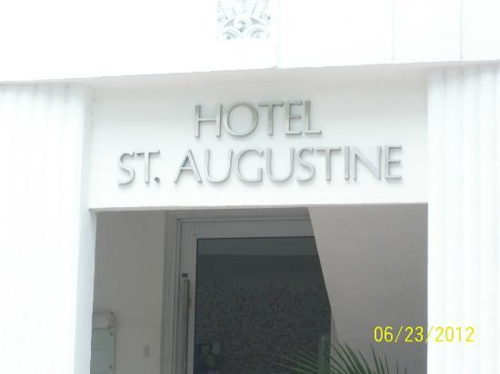Hotel St. Augustine: Hotel entrance