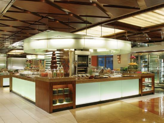 New World Manila Bay Hotel: Market Cafe