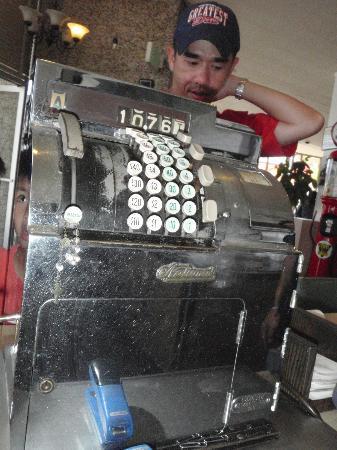 Chip's: old cash register