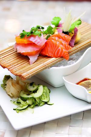 Britt's Island Grill: sashimi