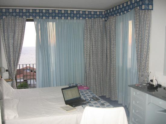 Hotel Santa Caterina : interno camera