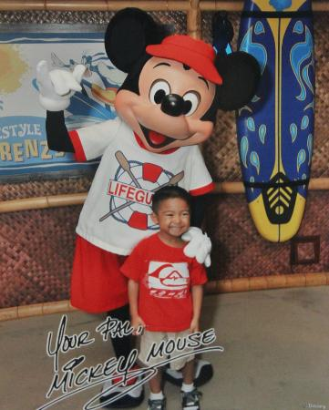 Disney's PCH Grill : My son & Mickey