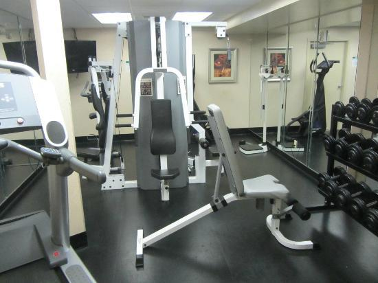 Holiday Inn Canmore: Fitness Room