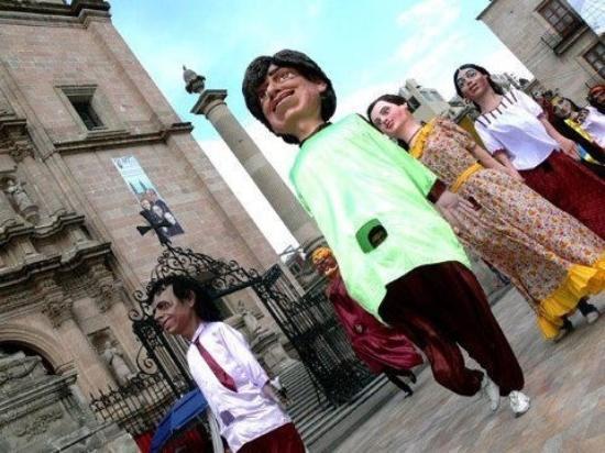 San Juan de Los Lagos, Mexiko: Mojigangas en las fiestas de san Juan