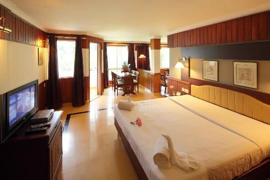 T&U Leisure Hotel