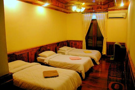 Salakphet Guesthouse: Standard Triple Room