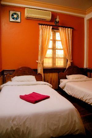 Salakphet Guesthouse: Standard Twin Room