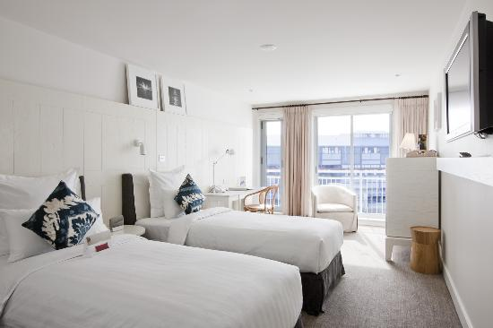 Pier One Sydney Harbour, Autograph Collection: Waterside Twin Room