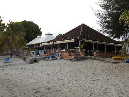 Hotel-Club Trois Ilets: Vue du bar depuis la plage