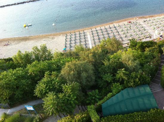Hotel Promenade Gabicce Mare: Gabicce Hotel Promenade. La spiaggia