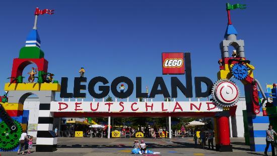 Neuschwanstein castle - Picture of Legoland Germany ...