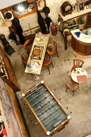 Musee des Commerces d'Autrefois : bistro vu du deuxième étage
