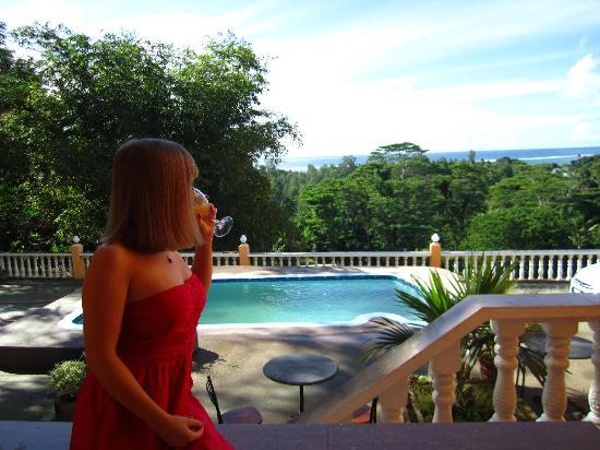Albizia Lodge Green Estate: Private small balcony
