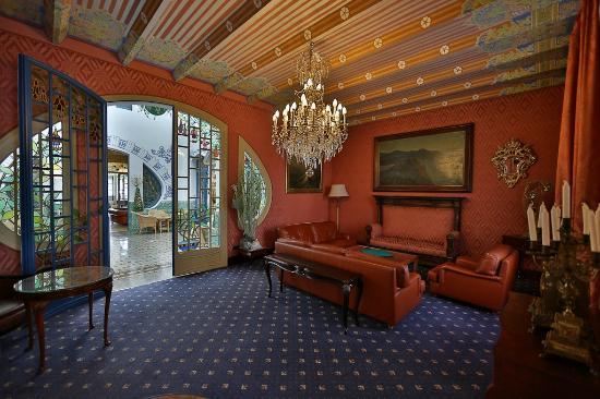 Hotel Diana: Интерьер общих зон
