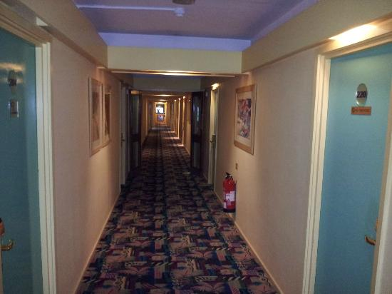 Best Western Welwyn Garden City Homestead Court Hotel: The prison corridor