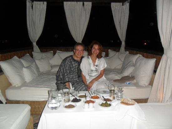 Riad Kheirredine : Cena Marroquí en la terraza con vistas a la Medina
