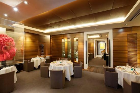 Restaurant Guy Savoy : Salle du restaurant (2)